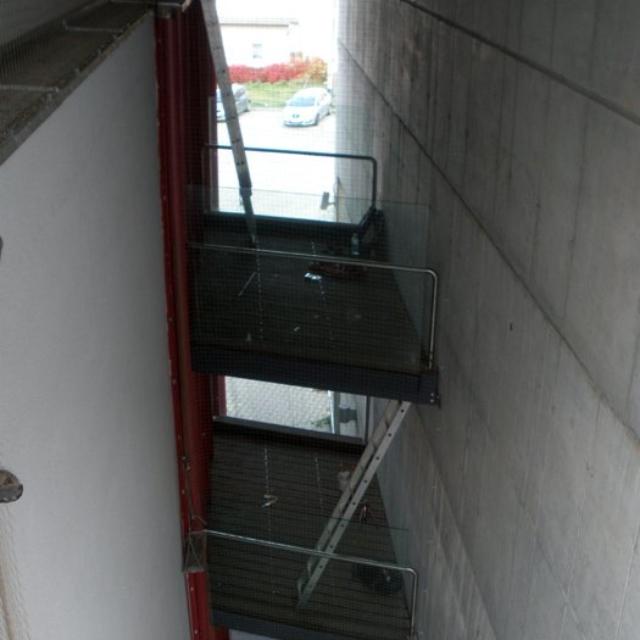 Instalace ochranných sítí proti ptactvu na budovy - RAPEL.CZ