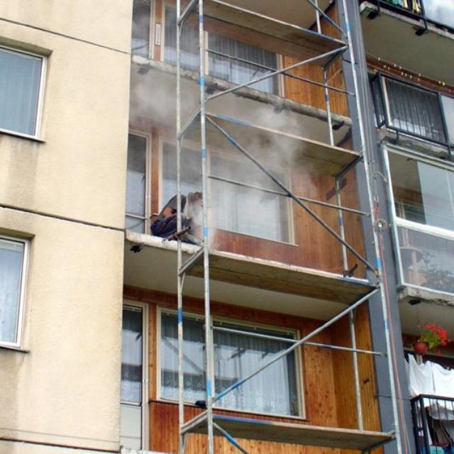 Rekonstrukce balkónů panelových domů - RAPEL.CZ